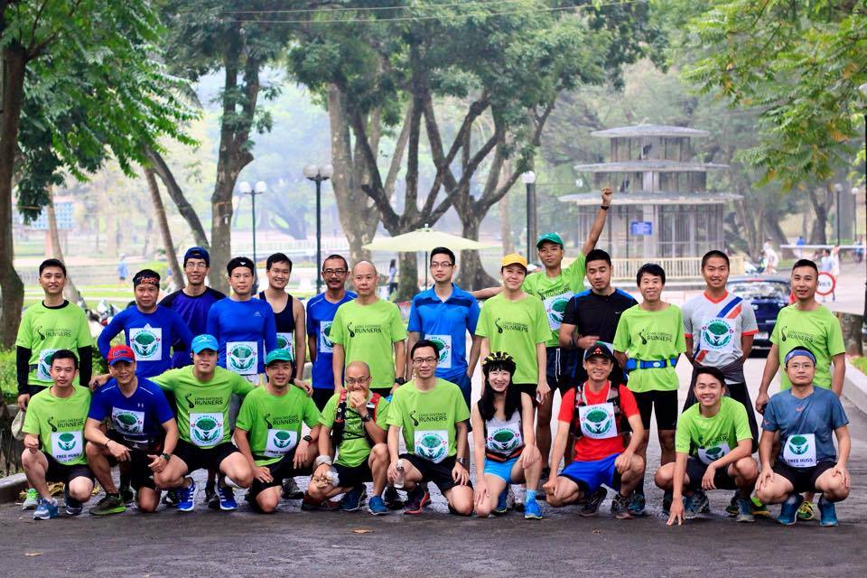 """Long distance Runner with """"6700km for 7600 trees"""" campaign. (Photo: 6700 peoples for 6700 trees FanPage)"""