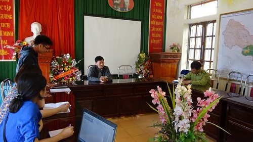 Meeting with Management Board of Xuan Nha Nature Reserve. (Photo: PanNature)